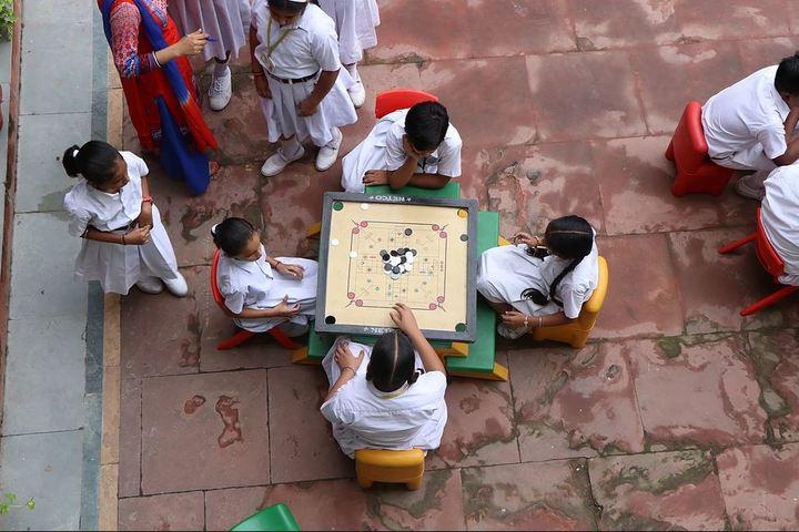 Saint Vivekanand International School-Indoor Games