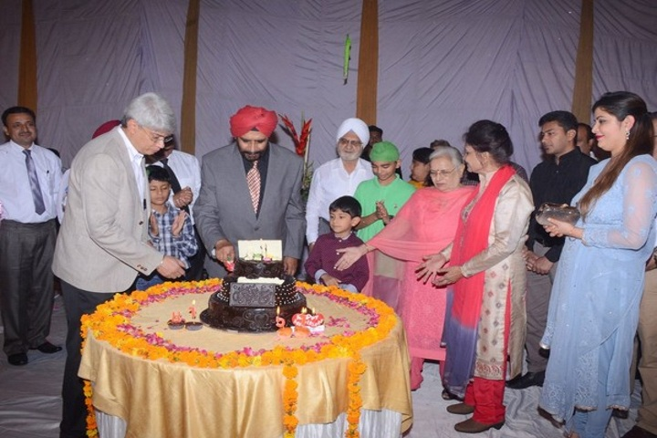 Sant Nischal Singh Public School-Dr Sahibs Birthday Celebrations