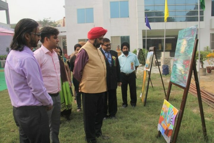 Sant Nischal Singh Public School-Art And Craft Competition