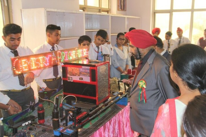 Sant Nischal Singh Public School-Science Exhibition