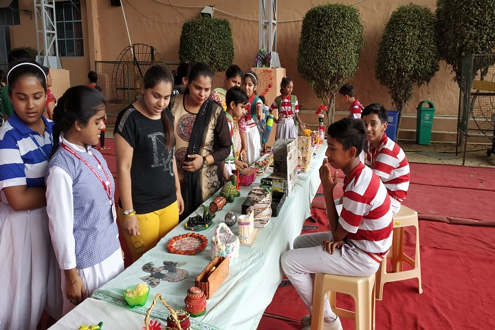 Satyanand Public School-Exhibition