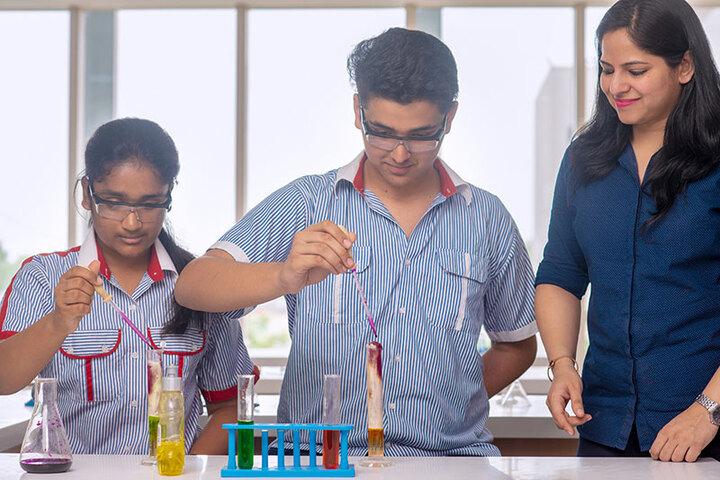 SCJ World Academy-Chemistry lab