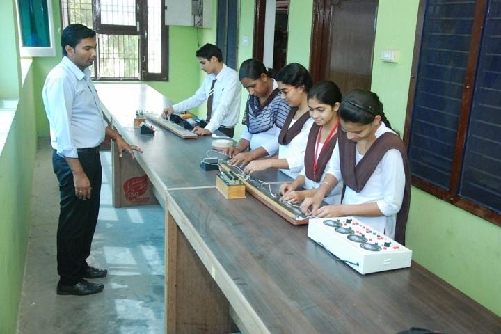 S D Senior Secondary School-Physics Lab
