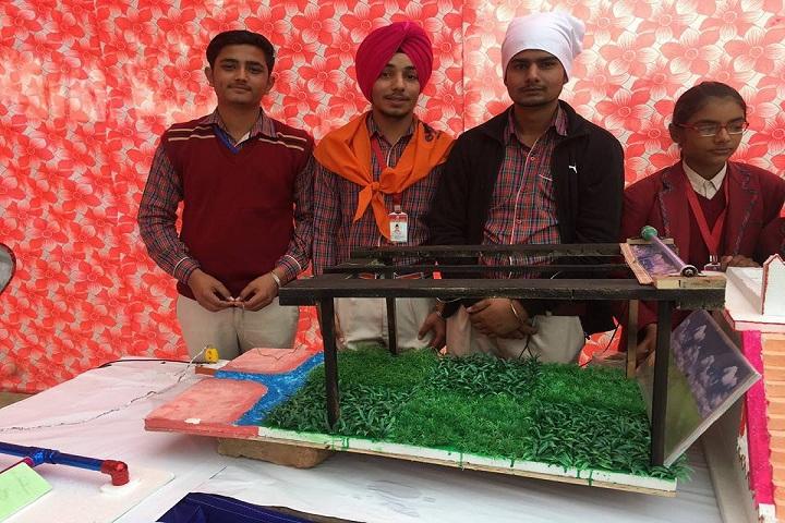 Seth Ramji Dass D A V Centenary Public School-Science Exhibition