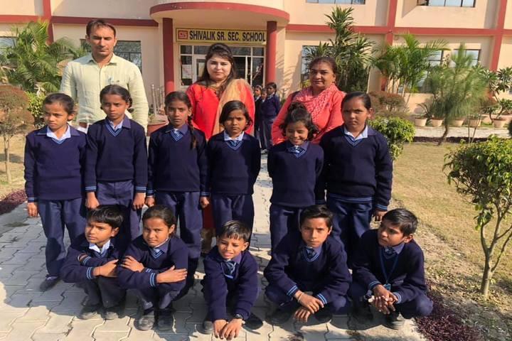 Shivalik Senior Secondary School-Students and Faculty