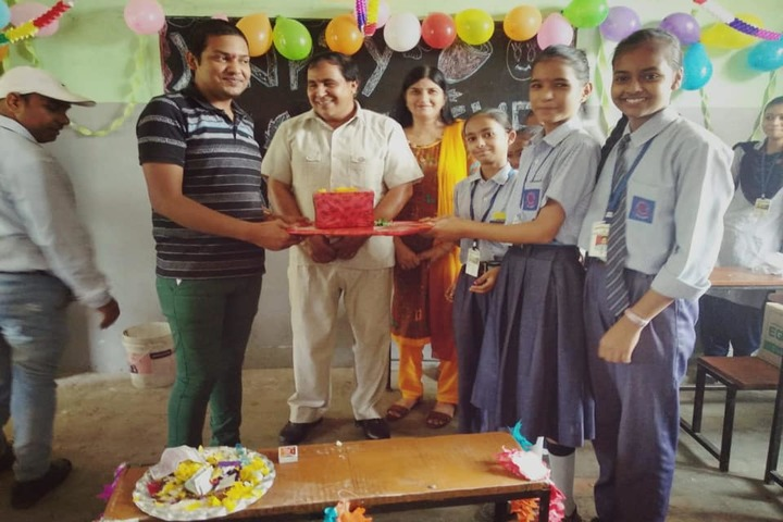 Shivalik Senior Secondary School-Teachers Day