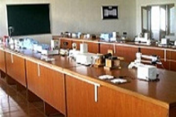 Shree Tyagi Modern Public School-Physics Lab