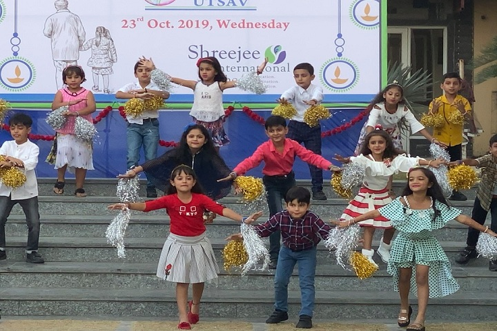 Shreejee International School-Dance