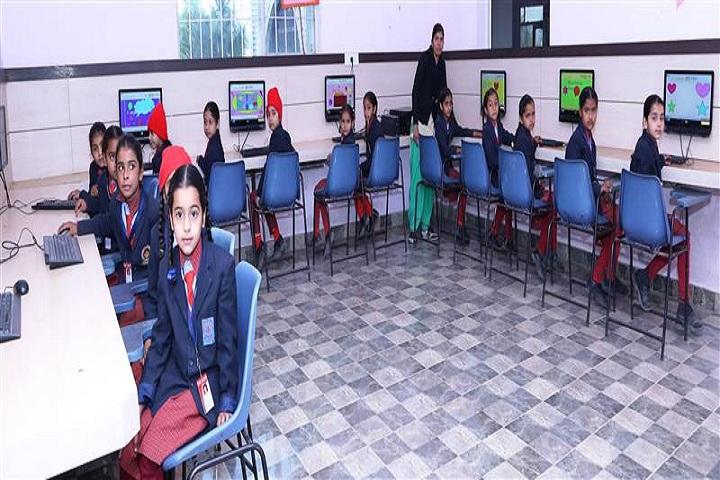 Shri Guru Gobind Singh Convent School-Computer LAb