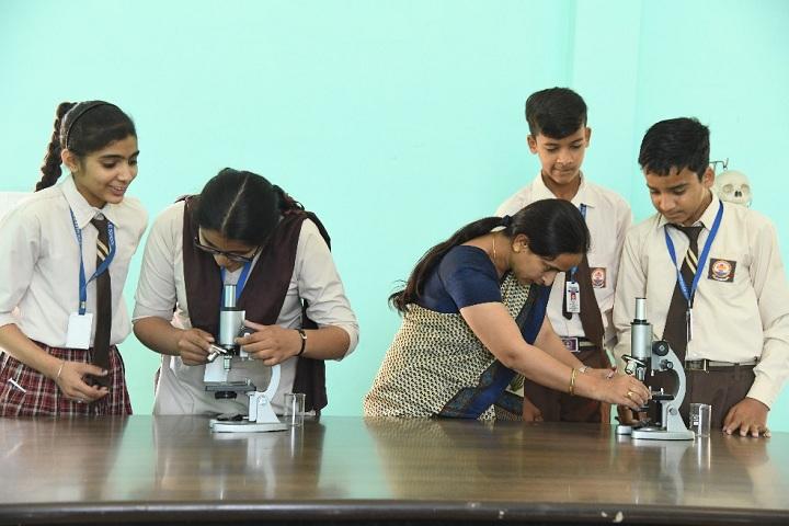 Shri Harkrishan Public School-Biology Lab