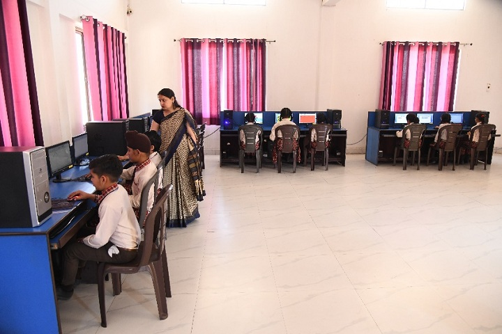 Shri Harkrishan Public School-Computer Lab
