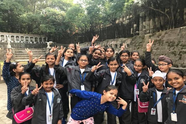 Shri Harkrishan Public School-Tour