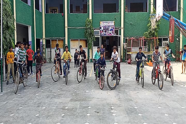 Shri Ram Modern Senior Secondary School-Cycle Races