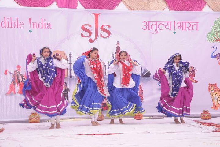 SJS International School-Dancing Activity