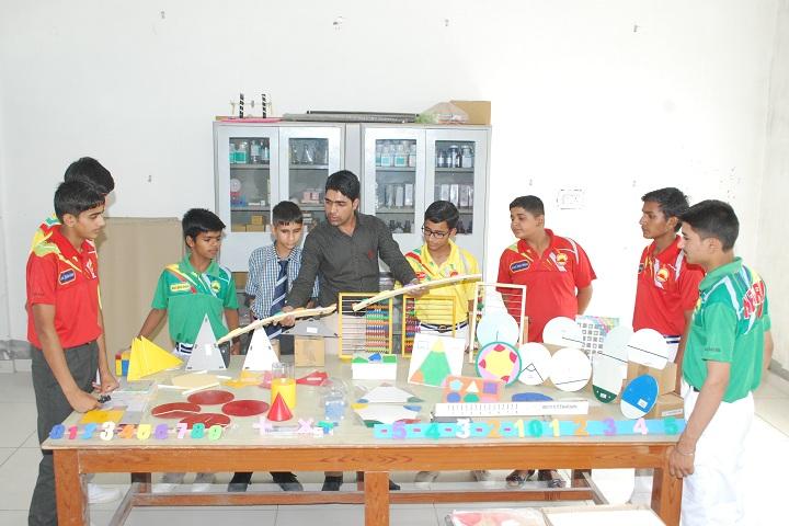 Smriti Public School-Maths Lab