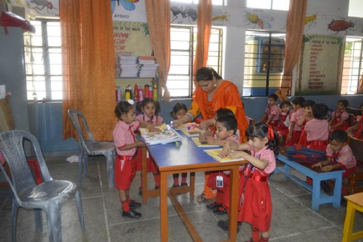 St Xaviers Senior Secondary School-Classroom