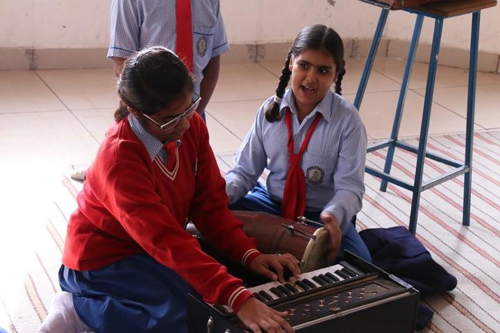 Teri Public School-Music-Room
