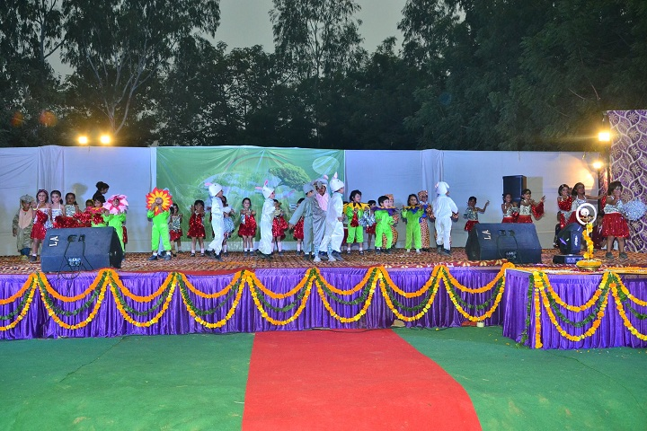 The Pine Crest School - Annual Day Celebrations
