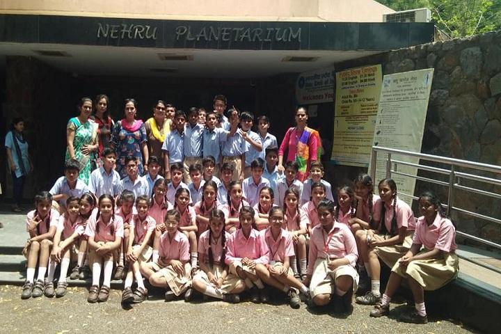 The Pine Crest School - Sicence Excursion