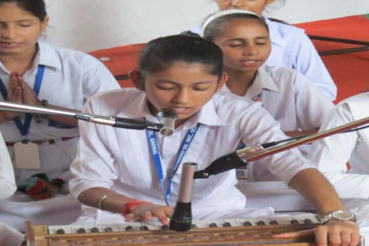 Vivekanand High School-Music