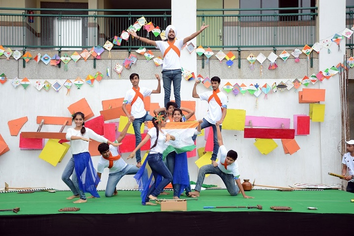 Wisdom World School-Independence day
