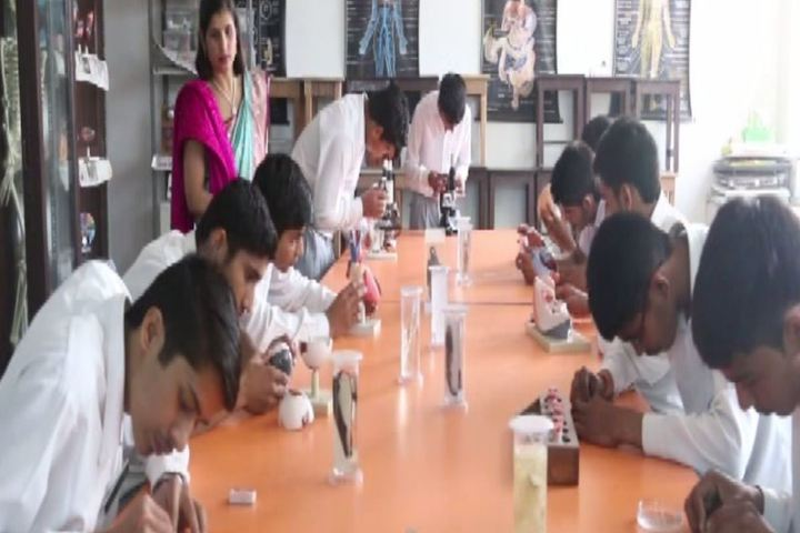 Zee Litera Valley School-Biology Lab