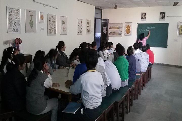 Zee Litera Valley School-Classroom