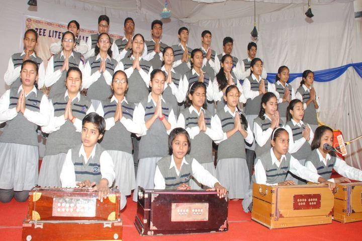 Zee Litera Valley School-Music