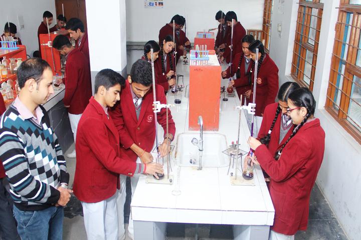Alpine Public School-Chemistry Lab