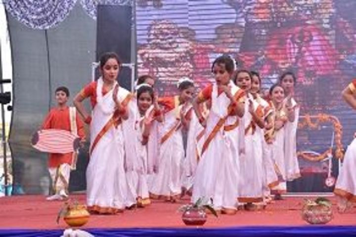 Amravati Vidyalaya-Cultural Dance