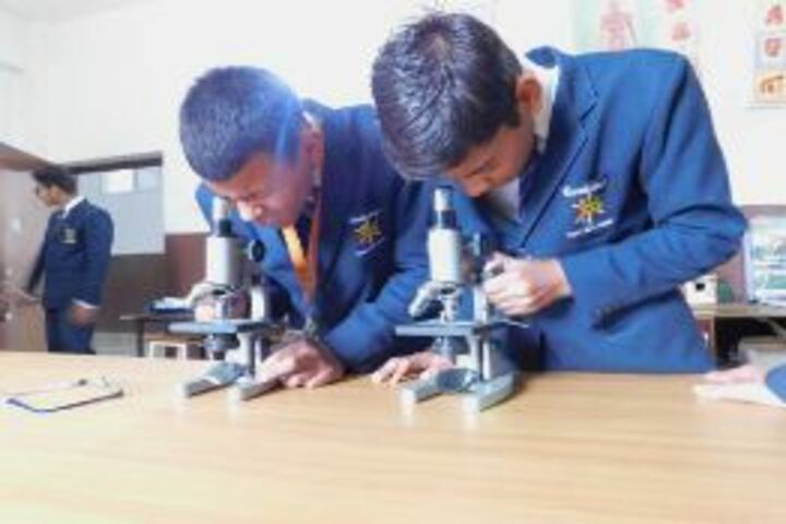 Cambridge International School-Science Lab