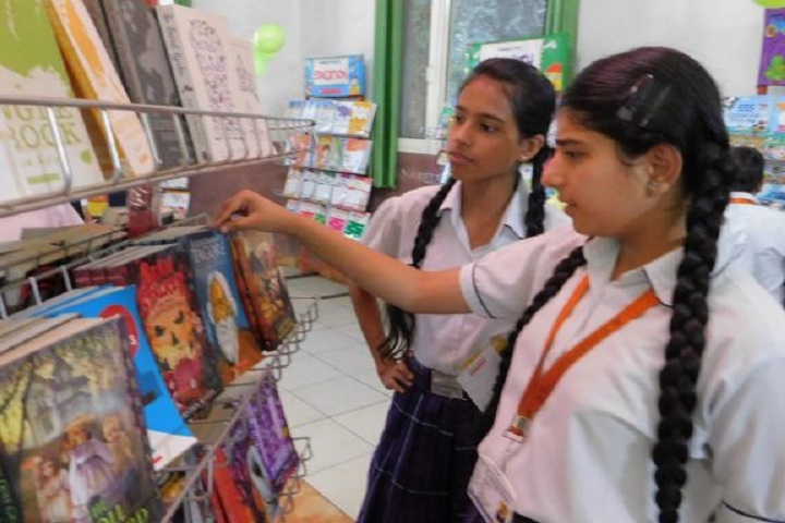 Cambridge International School-Books Fair