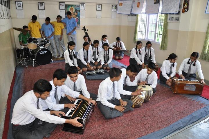 Chapslee School-Music Class