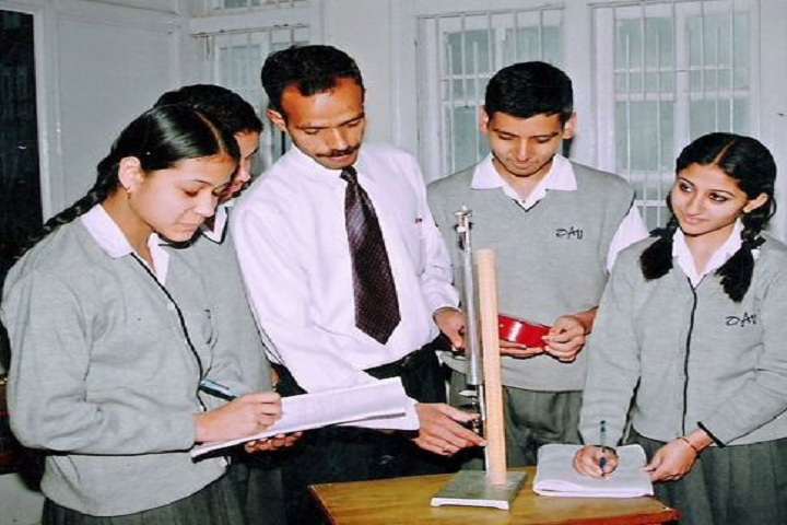 D A V Public School-Physical Lab