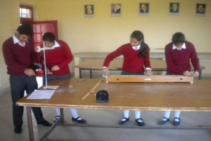 DAV Public School-Physics Lab