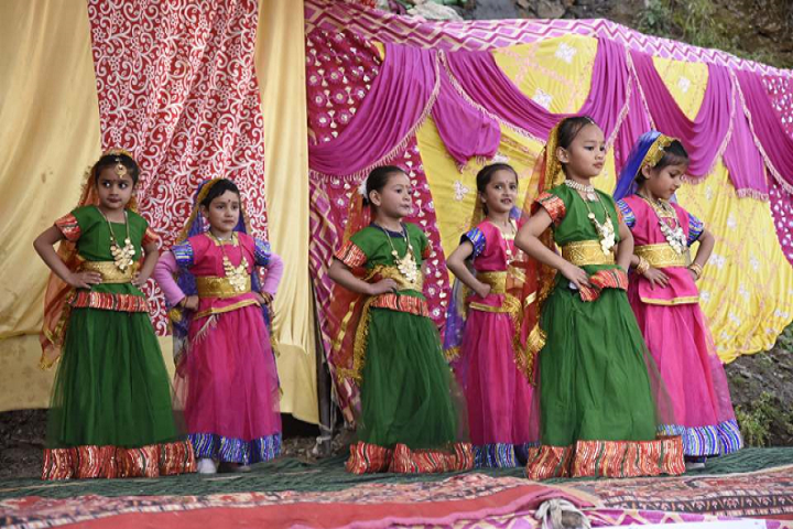 DAV Public School-Dance Competition