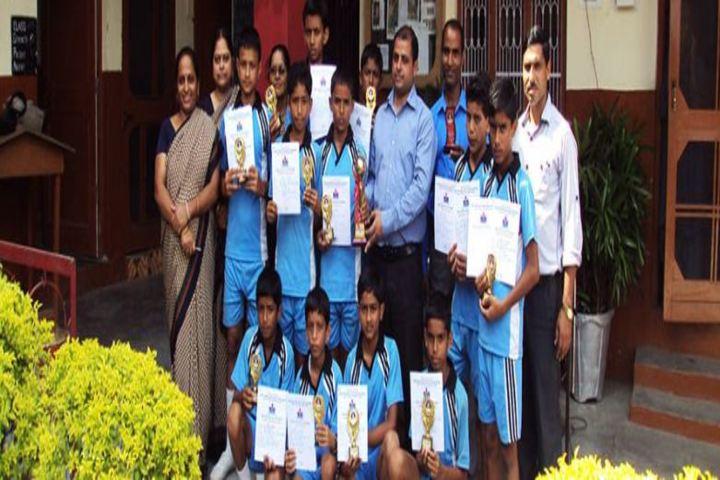 DAV Public School-Prize Winners