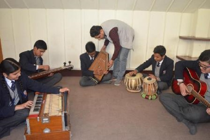 Dayanand Public School-Music-Room