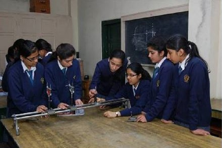 Dayanand Public School-Physics-Lab