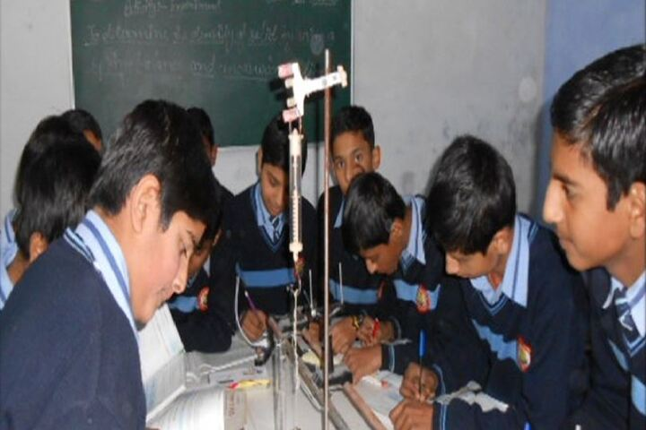 Dhauladhar Nirmla Devi Senior Secondary School-Physics Lab