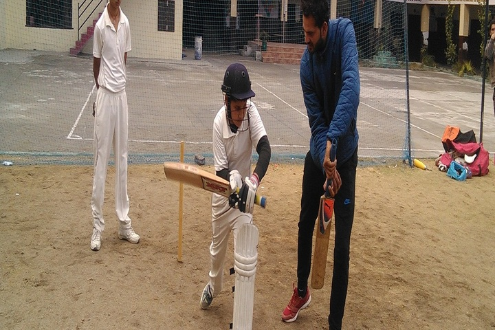 Dhauladhar Nirmla Devi Senior Secondary School-Sports