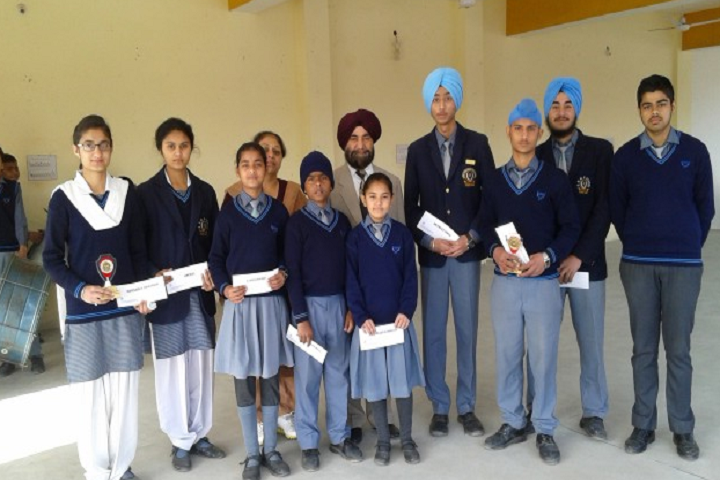 Guru Nanak Mission Public School-Students