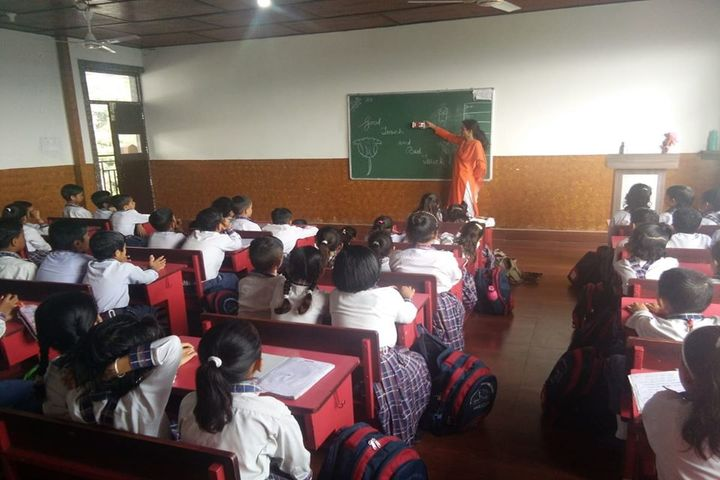 Him Gurukul International School-Classroom