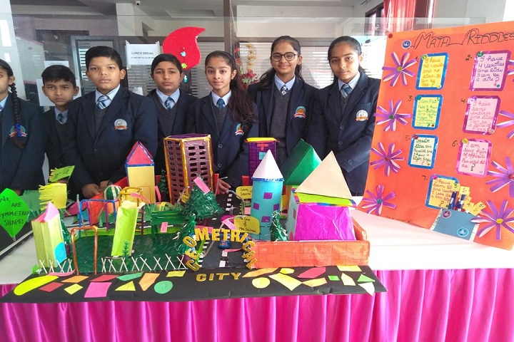 J S Wisdom World School-Science Fair