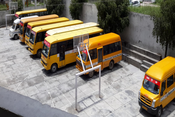 La Montessori School-Transport