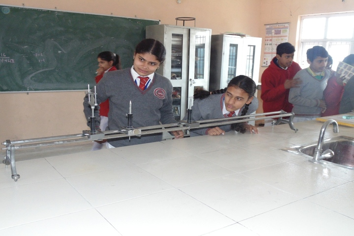 Lotus International Convent School-Physic-Lab1