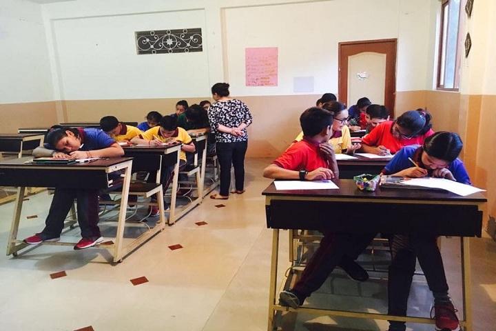 Maxx International School-Classroom