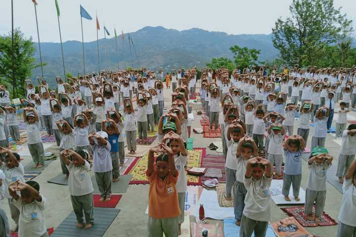 Mount Shivalik Public School-Yoga Day