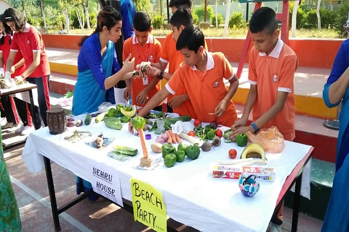 Partap World School-Vegetable-Carving-Competition