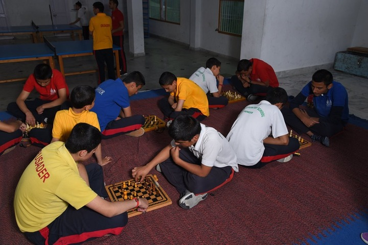 Roots Country School-Indoor Games